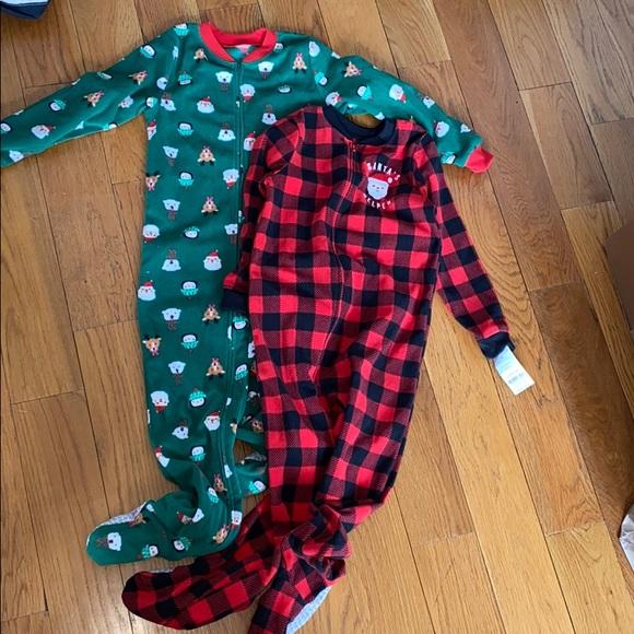 2 NEW fleece footed holiday pajamas